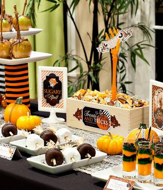 "Halloween Printables: ""Spellbound Sweets"" // Hostess with the Mostess®"